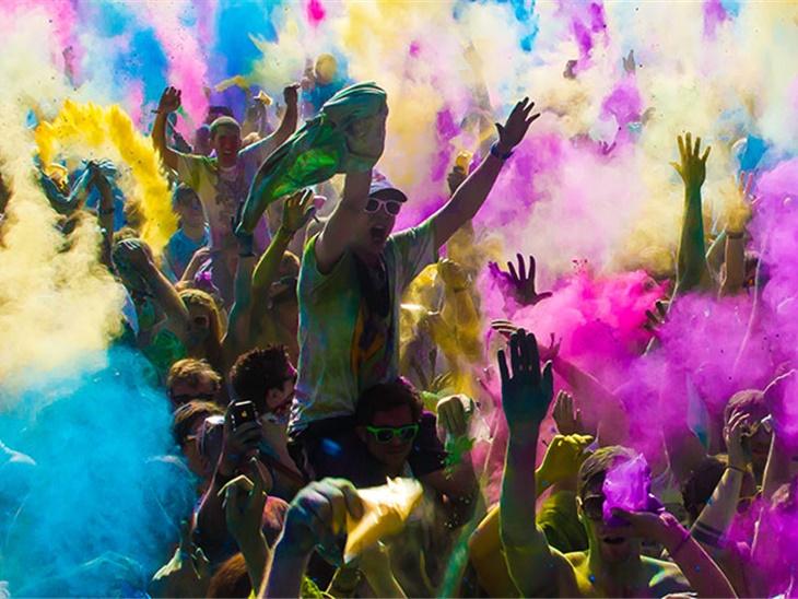 Leggi news | Color Party Con Animazione Dj A Paladina, Bergamo