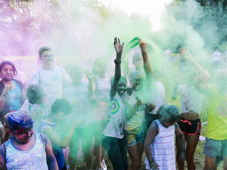 Leggi news | Color party Lecco | Notte bianca Valgreghentino