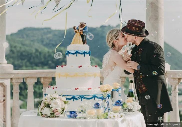 Effetti speciali taglio torta matrimonio