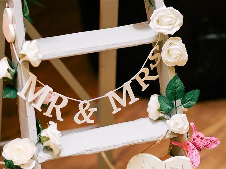 Leggi news   Scaletta musicale matrimonio: quali sono i momenti salienti?